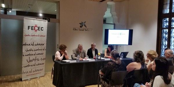L'Associació Fènix assisteix a la presentació del portal online #despresdelcancer