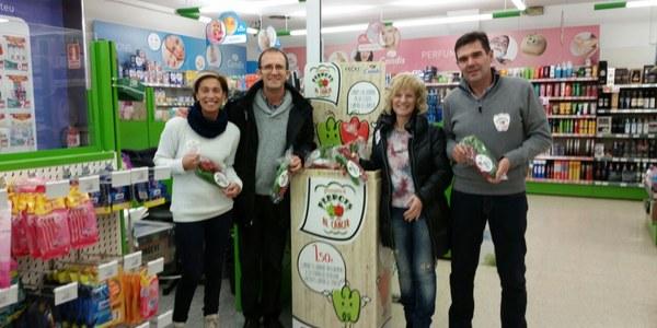 """L'Associació Fènix es desplaça a Oliana per la campanya """"Posem-li pebrots al càncer"""""""